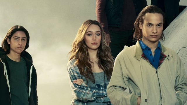 fear-the-walking-dead-new-season-2-cast-photo-and_4gur.640