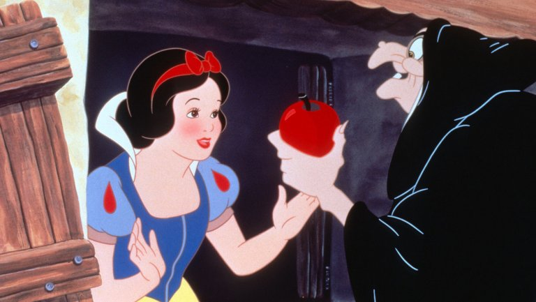 snow_white_and_the_seven_dwarfs_still-1